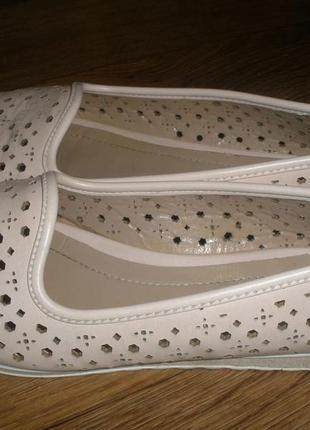 Лёгенькие туфли мокасины!38-39 размер