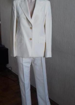 Летний деловой костюм