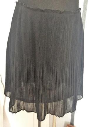 Трендовая юбка плиссе от h&m, размер 42,можно и 46.