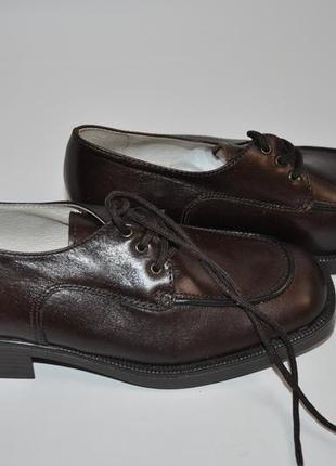 Коричневые детские кожанные туфли италия3