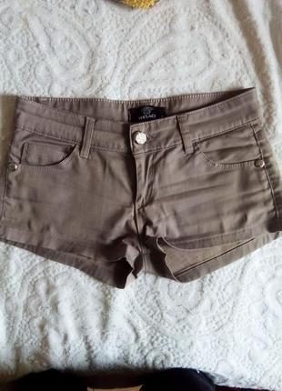 Классные шорты