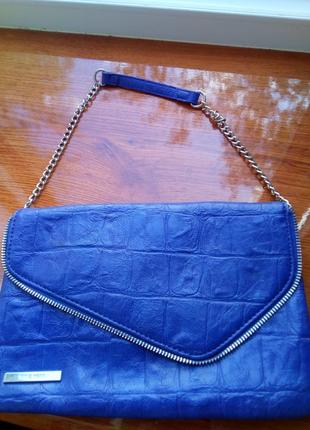 Яркая сумка клатч