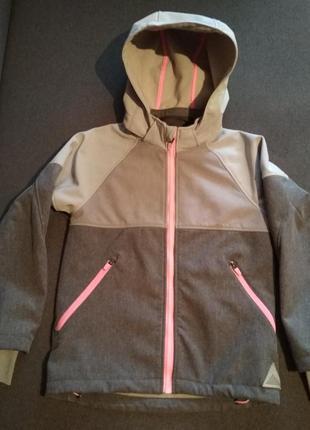 Красивая спортивная термо куртка. деми куртка h&m для девочки. софтшелл. дождевик.