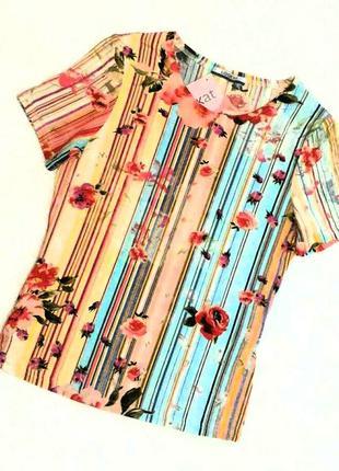 Фирменная, модная в этом сезоне, футболка. полоска, цветы, розы