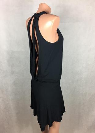 Шикарное платье с открытой спинкой