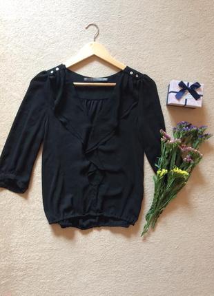 Блуза черная с рюшами шифоновая