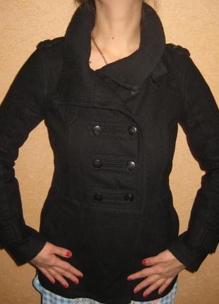 Женское пальто bershka)