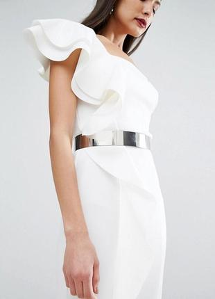 Эксклюзив! платье макси с оборками и металлическим поясом asos red carpet a1053