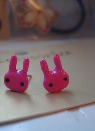 Серьги розовые зайцы