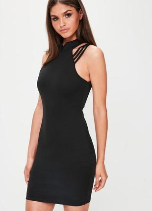 Маленькое черное платье облегающего кроя с бретельками на плечах missguided