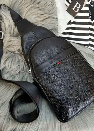 Кожаная сумка-слинг через плечо, бананка 8004-5 черная