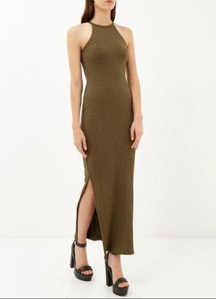 Макси платье в рубчик с разрезами оливкового цвета river island