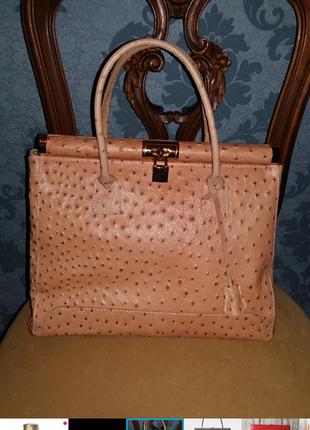 Бежевая сумка в стиле hermes, их натуральной кожи страуса в стиле hermes