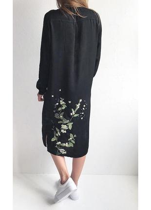 Платье-рубашка миди с вышивкой missguided