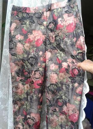 Шикарные брюки из парчи размер 46-48