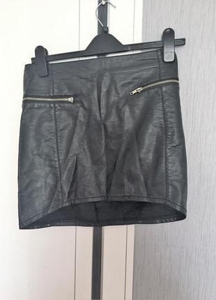 Фирменная  кожаная юбка из качественного кожзама4