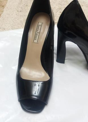 Туфлі sasha fabiani