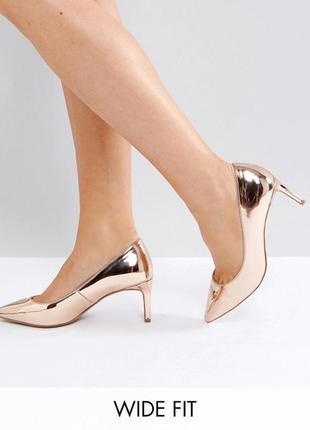 Золотые туфли лодочки asos,р-р 37