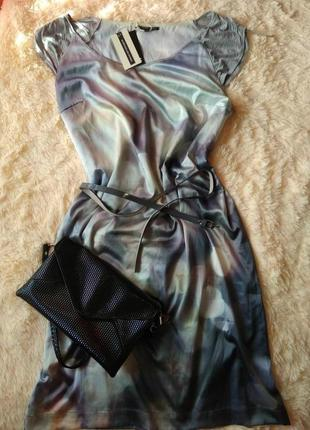 Платье из очень красивой и мягкой ткани