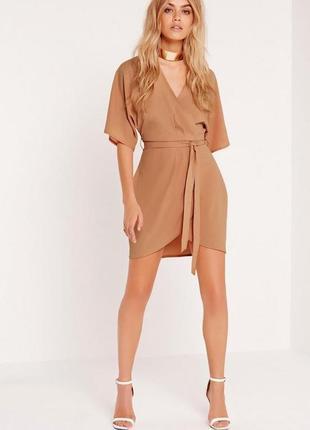 Нежное персиковое платье missguided