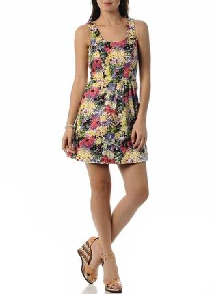 Очень красивое цветочное платье
