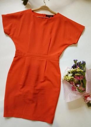 Красное платье со спущенным рукавом top secret