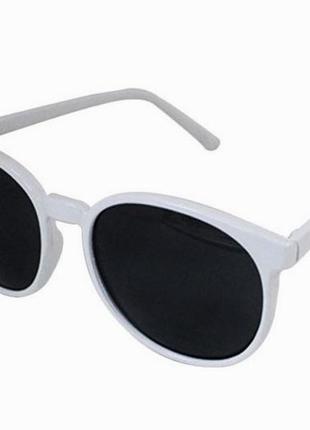 Белые глянцевые солнцезащитные круглые очки черные линзы