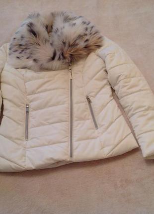Куртка с меховым воротником orsay