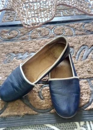 Классные туфли-мокасины.