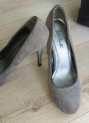 Замшевые туфельки лодочки