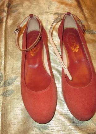 Tod's оригинал замшевые (кожаные) туфли балетки на платформе tods италия