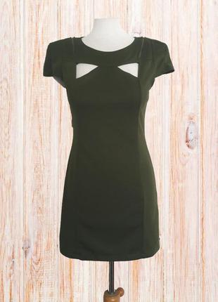 Стильное короткое платье цвета хаки