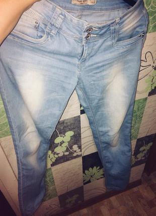 Стильные джинсики moongirl