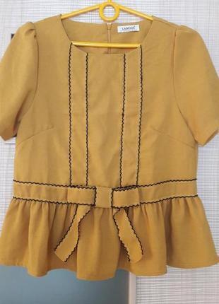 Очаровательная блуза горчичного цвета