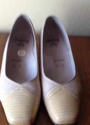 Кожаные туфли ara