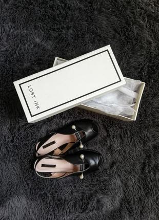 Красивенькие сандалии lost ink