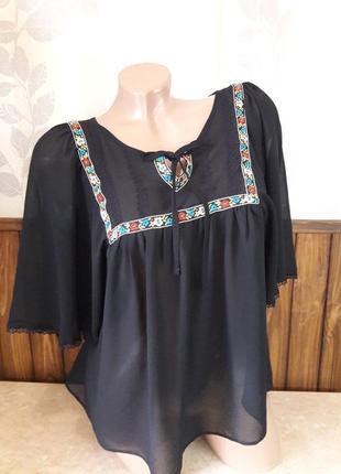 Черная блуза вышиванка яркая вышивка