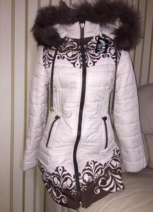 Класна курточка, зима, розм с