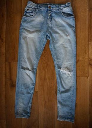 Продаются женские джинсовые бойфренды only