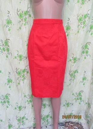Чёрная пятница красная юбка карандаш/высокая талия фактурная ткань/цветы 42-44 размер