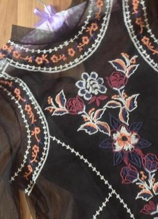 Блуза с вышивкой river island