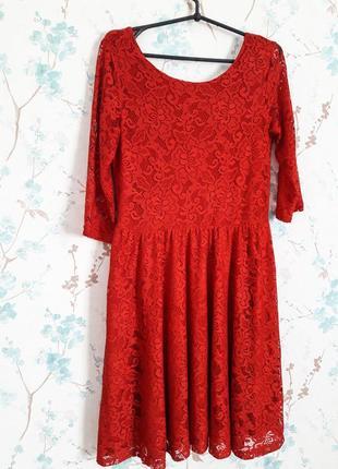 Шикарное красное платье в кружева!!