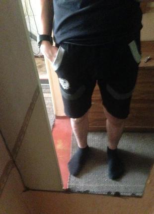 Черные шорты everlast