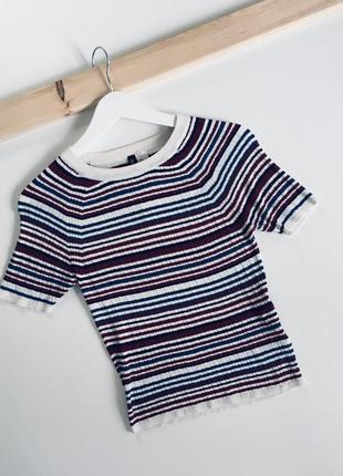 Очень красивая футболочка от h&m