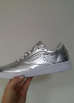 Серебряные кроссовки кеды reebok- оригинал, натуральная кожа