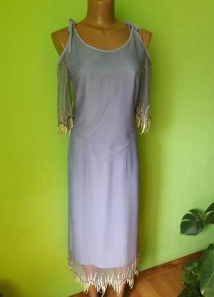 Элегантное платье дорого итальянского бренда