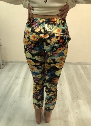 Летние легкие цветные яркие штанишки штаны брюки лосины модные и удобные