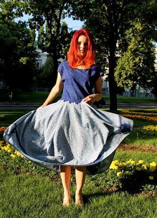 Платье с верхом из прошвы и необычной юбкой