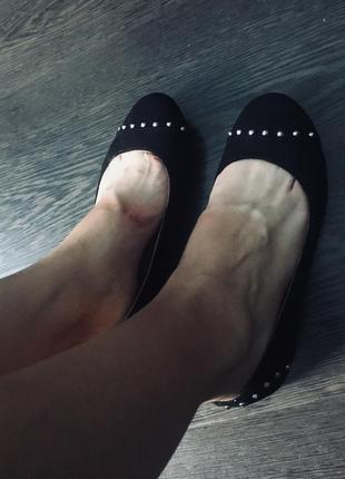 Чёрные балетки new look
