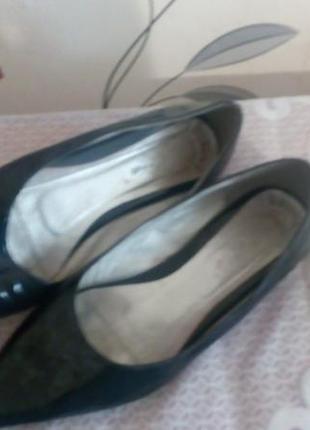Туфли .кожа .лак